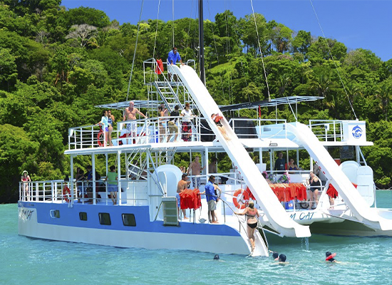 Portada Planet Dolphin Catamarán Eco Adventures