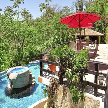 Vandará Hot Springs & Adventures